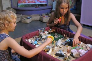 2013 Creations in the Sandbox - girls.jpg